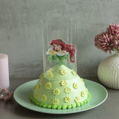 Ariel in Green Dress Pull Me up Cake 1kg