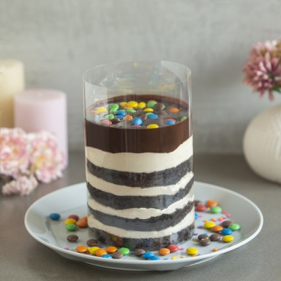 M & M's Chocolate Pull Me Up Cake 1kg