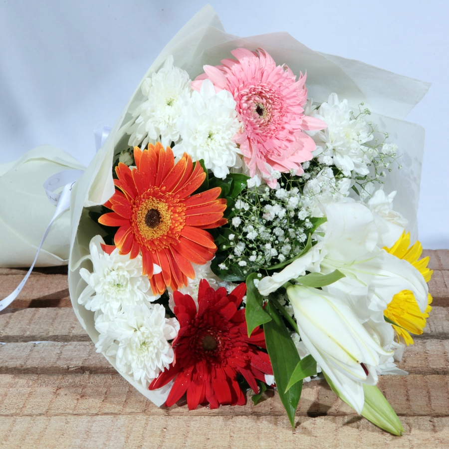 Simply Best (Bouquet of mix flowers)