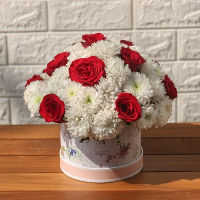 White Chrysanthemum and Red Rose in a round  box